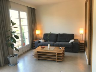 Appartement renove a 20 metres de Place des Lices