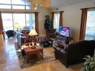 Large open spaces to sit, catch the ball game, talk with friends and hang out!