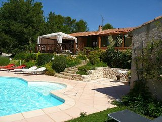Guest house, room 'Cezanne', Villa heated pool jacuzzi, 2-4 persons