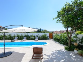 Magnificent  4-star villa with a sauna and swimming pool