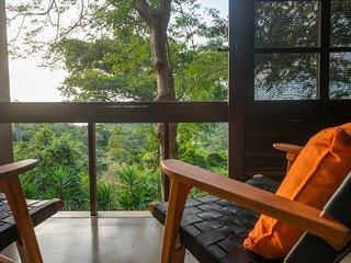 Casa Colina- Hilltop, ocean view, private villa!