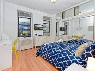 New Modern 3 Bed Apt East Side