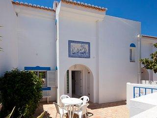 2-bed Villa at Vilabranca, 2 swimming pools, private garden, parking, free wifi
