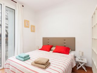 CENTRAL STUDIO FOR 2 PEOPLE ON CALLE ROCAFORT