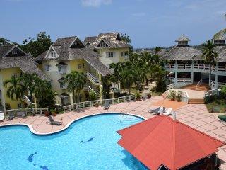 1 Bed apartment, Crane Ridge Resort, pool, tennis courts, Ocho Rios