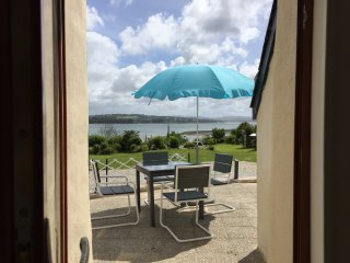 Sea view Cottage, Crozon Peninsular, 20% ferry discount