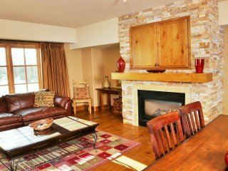 Bella Vista | Tamarack Resort | Sleeps 8