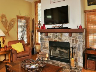 Ski Haven | Tamarack Resort | Sleeps 8