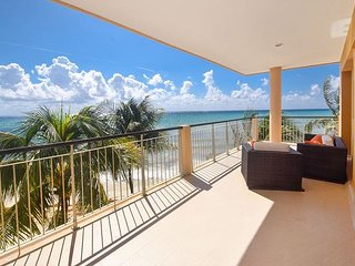 There is nothing between this condo and the Beach! 2 Bdrm Deluxe! (EFS309)