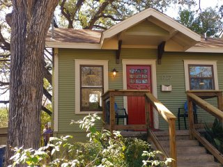 Most charming tiny house in historic LOCATION - GREAT MONTHLY RENTAL!