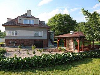 Weekend House in Kovac