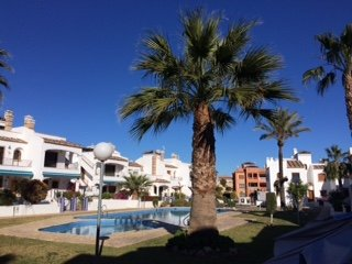 Villamartin golf Orihuela villa  wifi,aircon,roof solarium and community pool