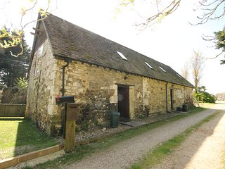 Willow Cottage Yafford Isle of Wight 18th century barn conversion, sleeps 2/3