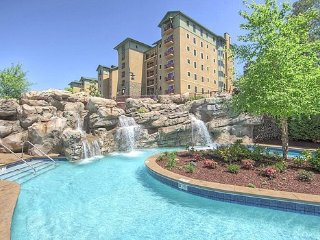 Riverstone Resort Condo by Owner in Pigeon Forge, Near Gatlinburg and Dollywood