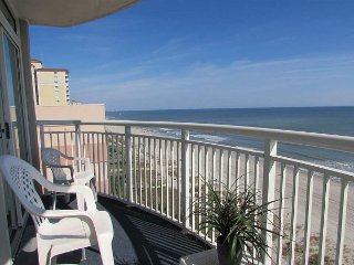 Spectacular Direct Oceanfront 2B/2B Condo- Large Balcony, Atlantica Resort!