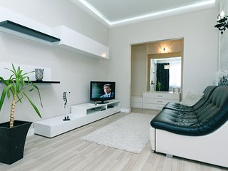 Two-room. Luxury. 8 Darvina str. Besarabska square