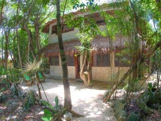 Akumal Jungle cabin - Pakal