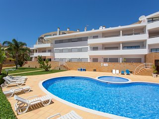 Superb 2 Bed-roomed apartment by one of the most beatuful beach in the World