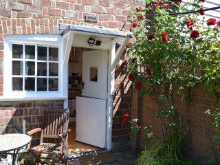 BT009 Cottage in Hawkhurst