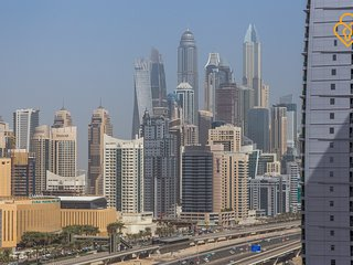 Jumeirah Lake Towers, Palladium Tower C2 2/Bedrooms 1702