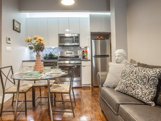 3-bedroom!15 MIN TO MANHATTAN!