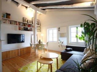 LADRONENEA: Caprichoso apartamento en edificio historico