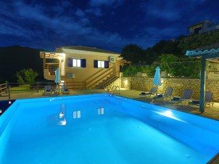 VILLAS ATTIS - Spacious Luxury Villas Overviewing Ionian Sea and Sivota Bay