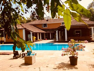 Alohomora-Pvt luxury villa in Siolim. With cook & caretaker