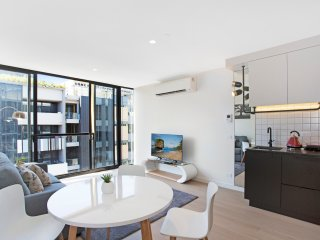 Luxury well equipped apartment South  Yarra ,Wifi