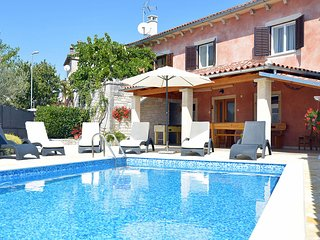 Casa Bepi - Holiday house  in peaceful area with pool near Rovinj