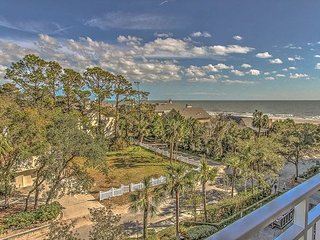 2407 SeaCrest-  Renovated with Beautiful Oceanviews.