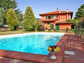 5 bedroom Villa in Pavelli, Tuscany, Italy : ref 5570229