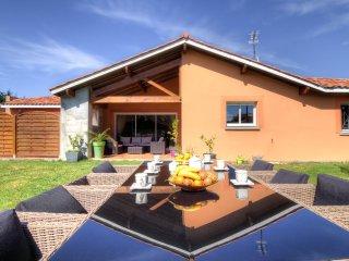 3 bedroom Villa in Saint-Martin-de-Seignanx, Nouvelle-Aquitaine, France : ref 55