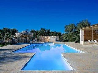 3 bedroom Villa in Carovigno, Apulia, Italy : ref 5570202