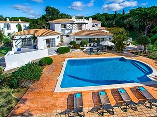 6 bedroom Villa in Quinta do Lago, Faro, Portugal : ref 5570295