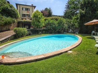5 bedroom Villa in Pavelli, Tuscany, Italy : ref 5570227