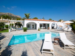 5 bedroom Villa with Pool, Air Con and WiFi - 5570397