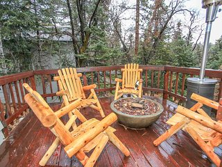 ~Enchanted Forest #1727~3 Bd Modern Family Cabin~
