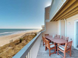 Beachfront, Ocean Dunes Townhome, Indoor/Outdoor Pools, Newly updated, Awesome S