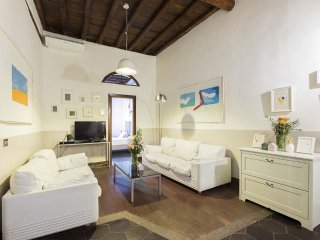 Spacious 5 bd apartment in Campo de' Fiori