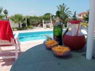 Villetta con PISCINA privata a 5 chilometri dalla spiaggia di Balestrate!