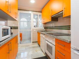 Cocina con electrodomésticos