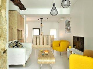 Loft atypique de 61m² calme sur cour plein centre ville quartier Croix-Rousse