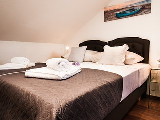 Šerka · LUX apt for 3★SEASIDE★center★2min beach★free breakfast May&June
