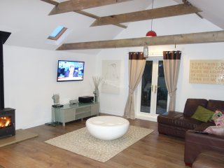 Common Cottage luxury holiday rental - East Coast with Free Wifi & Local Fishing