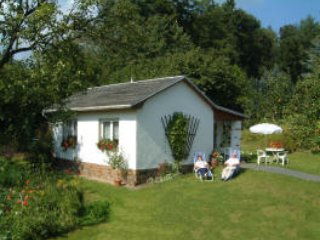 Ferienhaus Elsterblick 50qm im Grünen mit eigener Terrasse