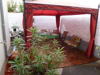 Wohnung UNI-2 im Ferienhaus-UNI-Koblenz mit 3 Ferienwohnungen