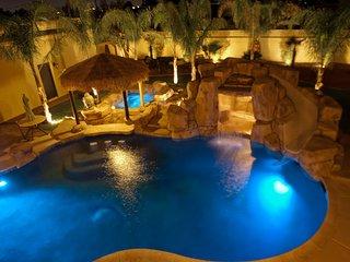 777RENTALS - The O&O - Pool, Pool Slide, Spa, Casita, Gourmet Kitchen, 10 min