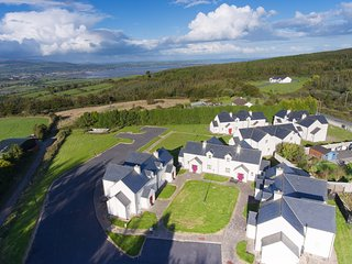 Number 10 An Seanachai Holiday Homes