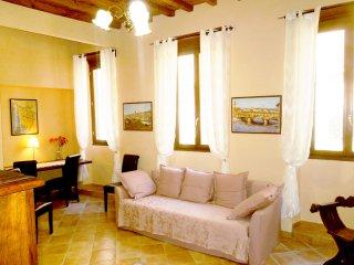 Massi's Florentine Home